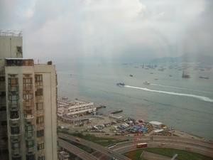 ホテルは、29階。港が見えます。
