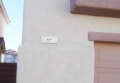ハウスナンバー、家の番地表示が、落ちてしまっています